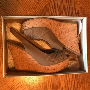 Sage Green Bow Wedges